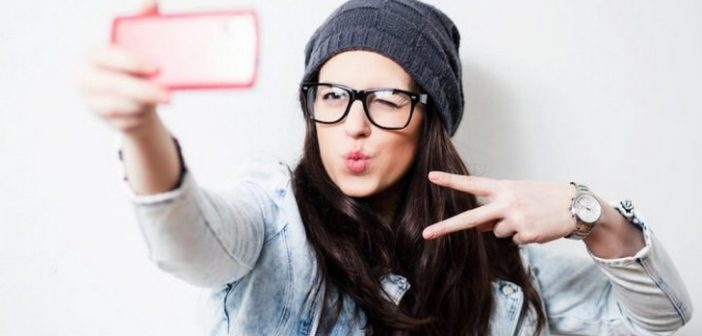 Tips Make Up Demi Foto Selfie Sempurna